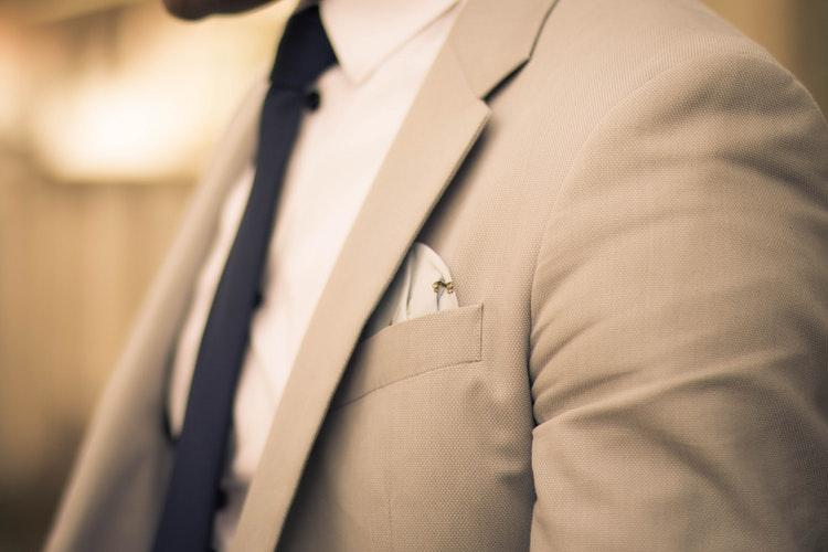 服のポケット